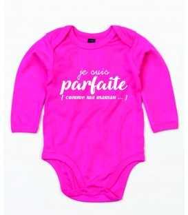 Body Bébé slogan Je suis parfaite ... comme maman